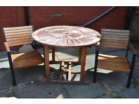 Garden table and set of 2 chairs
