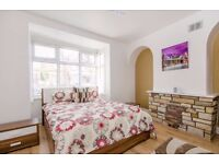 1 BEDROOM APARTMENT, VERY SPACIOUS AND RECENTLY REFURBISHED TO A VERY HIGH STANDARD