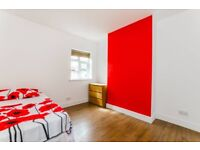 READY TO MOVE IN PRIVATE LANDLORD NO FEES DOUBLE STRATFORD FOREST GATE NO BILLS NEWLY REFURBISHED