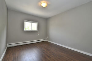 2 BDRM MODERN UNIT WITH TRENDY FINISHING - AVAILABLE NOW! London Ontario image 19