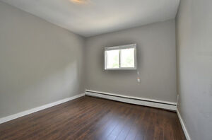 2 BDRM MODERN UNIT WITH TRENDY FINISHING - AVAILABLE NOW! London Ontario image 13