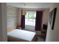 Stunning double room for rent, available immediately all bills Inc. SW15 1HU. Must see!!!