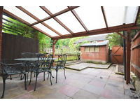 W4: Excellent 5 Bedroom House just off Chiswick High Road