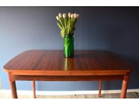 Vintage Danish style rosewood extending table. Delivery. Modern / Mid-century.