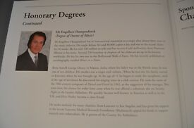 University of Leicester Degree Programme featuring Engelbert Humperdinck honorary degree
