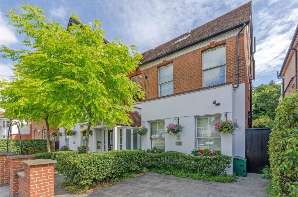 *Hampstead - Stylish Studio Apartment in Smart, Residential Area