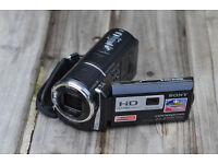 Sony HDR-PJ580V (32 GB) High Definition Handycam Camcorder with Projector