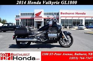 2014 Honda Gold Wing Valkyrie Saddle Bags! Passenger Back Rest!