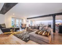 A spectacular two double bedroom, two bathroom warehouse conversion apartment to rent, Mill Street