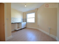 Beautiful 3 bed Period conversion in Wapping E1W for £577p/w PRIME LOCATION! WORTH A VIEWING!