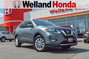 2017 Nissan Rogue SV   ONE OWNER   AWD   LOW KMS