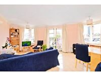Saunders House - A fantastic top floor two double bedroom apartment to rent close to Canada Water