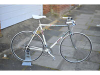 Beautiful and Very Fast GIANT PELOTON Vintage Road Bike for sale! £195 ONO