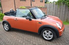 Mini One Convertible 2006 with Chili Pack in Orange