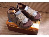 Brand New Mens Sketchers memory foam sandals