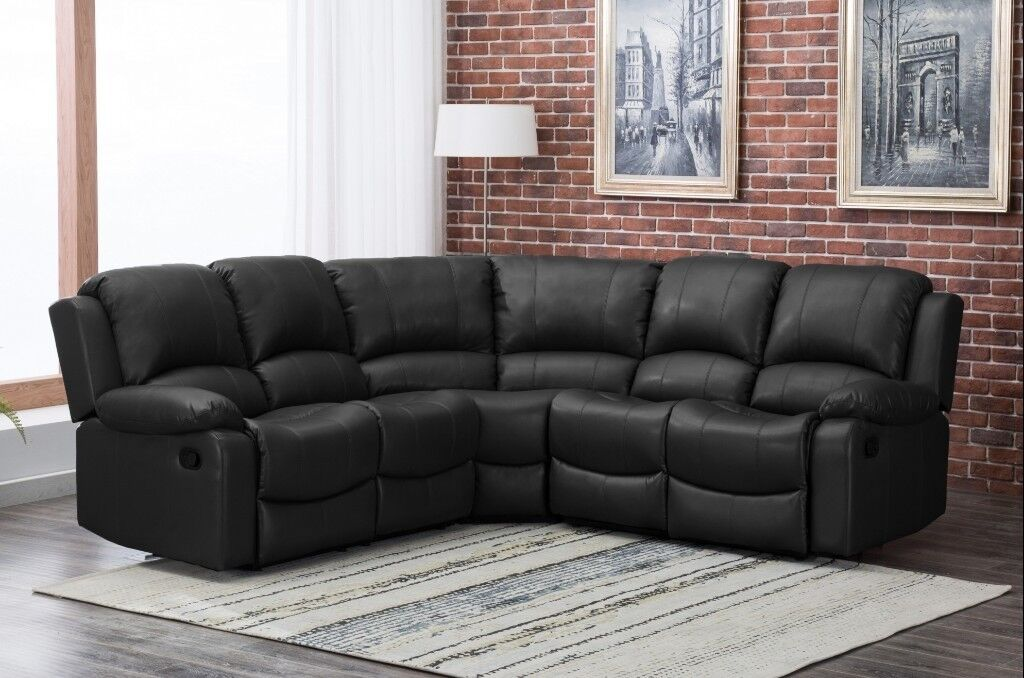 Black Leather Corner Recliner Sofa In Great Condition In