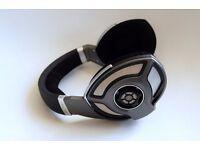 Sennheiser HD700 Audiophile Headphones silver Shure £325