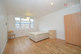 Extremely Attractive 4 Bed Town House in Homerton Hackney E5