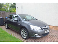Vauhall Astra 1.6L Exclusiv 2011