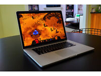 Macbook Pro 15.4 i7 Quad 8GB Ram/ 256GB Solid State Drive/ Radeon 6940M Gfx/ High Siera Now £599..!!