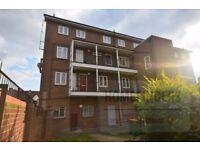 SPACIOUS 1 DOUBLE BED FLAT in EAST HAM**VIEWINGS FRI 4PM**CALL HOMEFINDERS TODAY