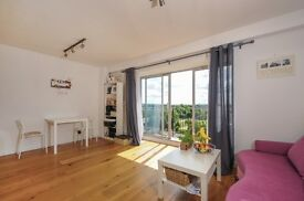 Modern 1 bed flat to rent, Worple Road, Central Wimbledon SW19