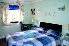 DAILY - WEEKLY - MONTHLY LET - PRIVATE LUXURY DOUBLE & TRIPLE ROOMS -FREE WI FI - SHORT TERM
