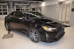 2014 Scion TC Base MAGS TOIT OUVRANT COMME NEUF
