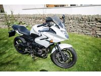 Yamaha XJ6 S Diversion 600cc, 2010, low mileage, full year's MOT