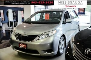 2011 Toyota Sienna 5dr V6 7-Pass FWD Mobility