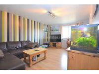 UB5: Beautiful TWO Bedroom flat in Northolt