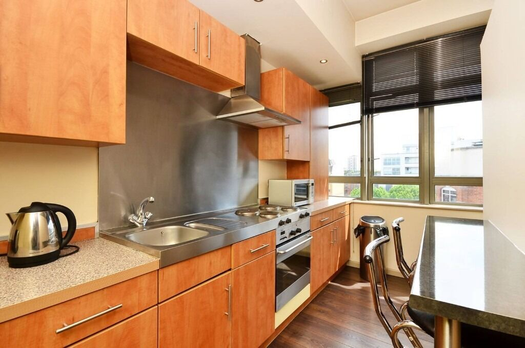 Luxurious 2 Double Bedroom With On-site Gym and Concierge Service.