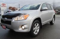 2010 Toyota RAV4 Limited Sunroof Push button start