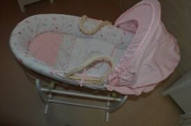 Moses Basket *PRE USED* COLLECTION ONLY CASTLEFORD WEST YORKS WF10 *£20*