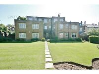 2 bedroom flat in Eaton Court, Eaton Rise, Ealing, W5