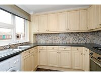 A Spacious One Bedroom Flat In Larch Close, Bedford Hill - £1350pcm