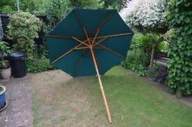 Garden parasol 2 metre (6') diameter, wooden pole and struts, wind up mechanism