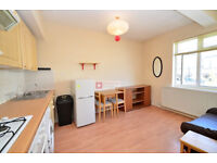 Fantastic 1 Bed Flat in Well Street, Hackney, E9 - Including Water Rates - Available Now!