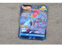 NASCAR Diecast Mattel Hot Wheels Pit Crew Collector Edition 1999 Mobil 1 #12