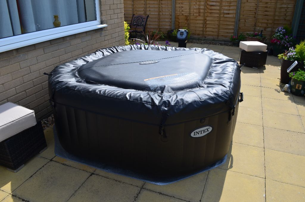 intex purespa jet bubble deluxe 4 person octagonal inflatable portable hot tub spa in. Black Bedroom Furniture Sets. Home Design Ideas