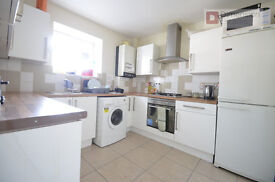 Hackney E9 --- VICTORIA PARK ---- 3 Bed Flat With Balcony ---- E9 7NP ---- £462pw ----