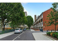 BEAUTIFULLY REFURBISHED THREE BEDROOM MASIONETTE CLOSE TO CANARY WHARF INC OF COUNCIL TAX & WATER