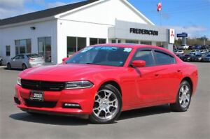2016 Dodge Charger SXT! AWD! HEATED SEATS! SUNROOF!