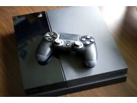 PS4 (1TB Ultimate) + GTA & Watchdogs + 1 control