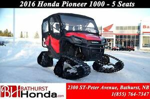 2016 Honda Pioneer 1000 5 seats TRACKS! Heater!! 6 Speed! 5 Seat