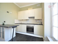 HACKNEY E5 ----- Absolutely Amazing 1 Bed Apartment ----- Clapton Pond -- E5 0QJ ---- £311pw ---