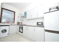 HACKNEY E5 --- Chatsworth Road --- 4 Bed Flat - 3 Floors --- 2 Bathrooms --- 550pw --- E5 0LH
