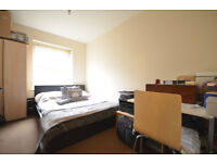 A VERY NICE ROOM in CANARY WHARF