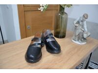 Women's Orthotic Shoes - Size 4.5W- Clearance Sale