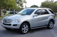 2010 Mercedes-Benz ML350 DIESEL - BLUETEC --  CANADIAN
